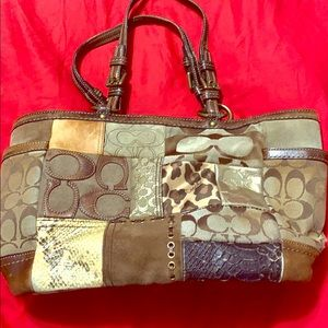 Patch tote purse
